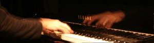 Juego de atención externa: Escuchar música